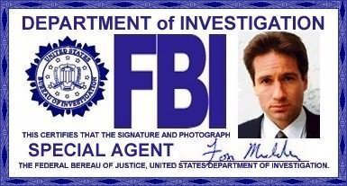 The X-Files দেওয়ালপত্র entitled Mulders Badge & ID