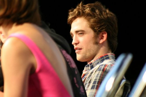 New Pics of The Twilight Cast in Comic-Con