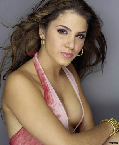 Nikki Reed wallpaper possibly containing a portrait called Nikki Reed