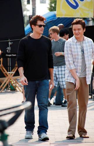 On the set 1/9/09