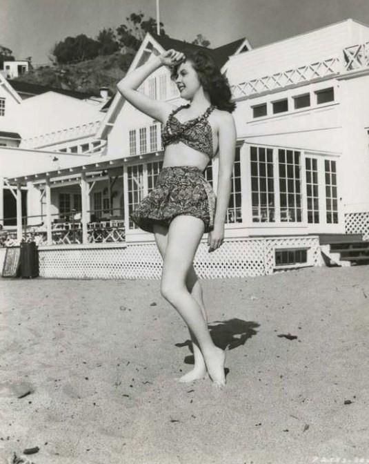 Susan Hayward: स्विमिंग सूट siren