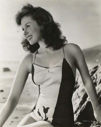 Susan Hayward: roupa de banho, fato de banho siren