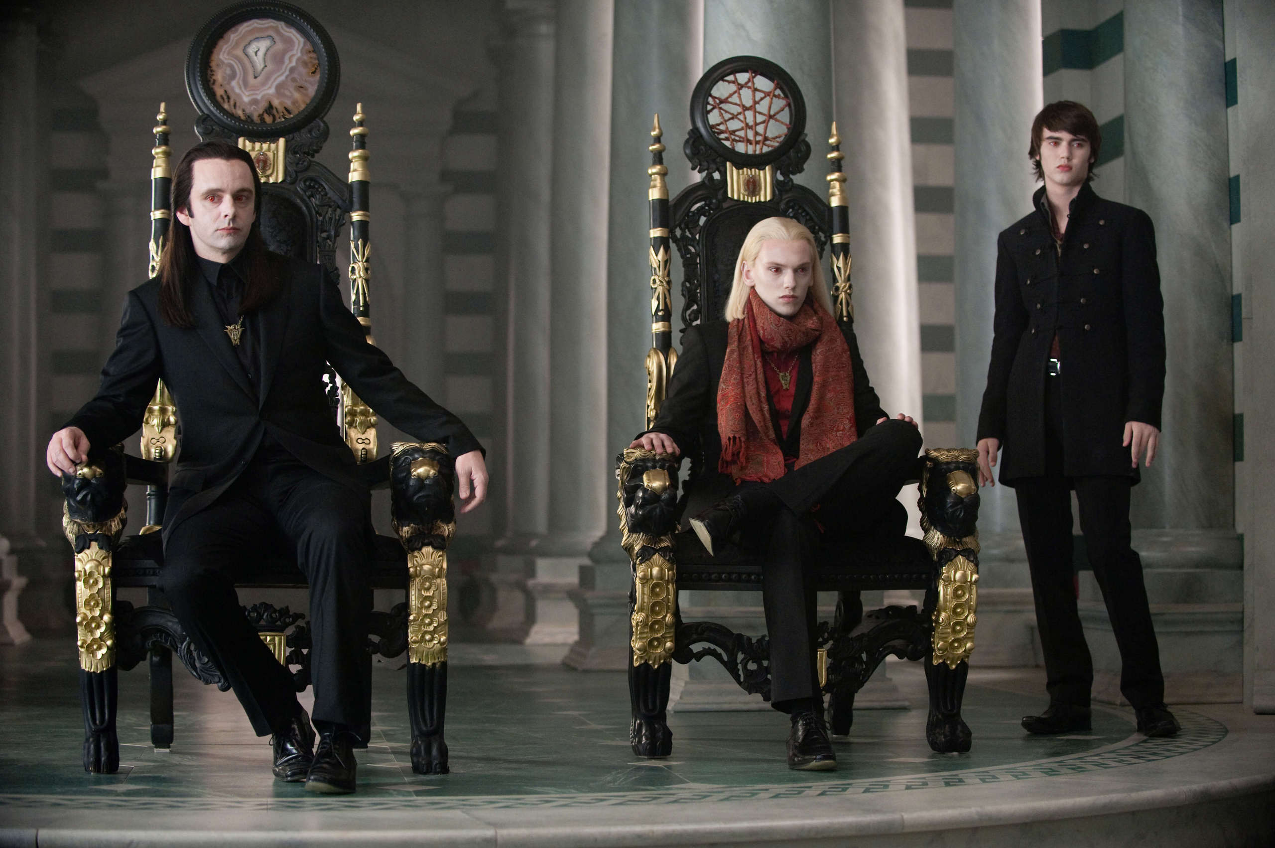 THE VOLTURI. IN HQ. [if আপনি haven't seen them, HERE THEY ARE!]