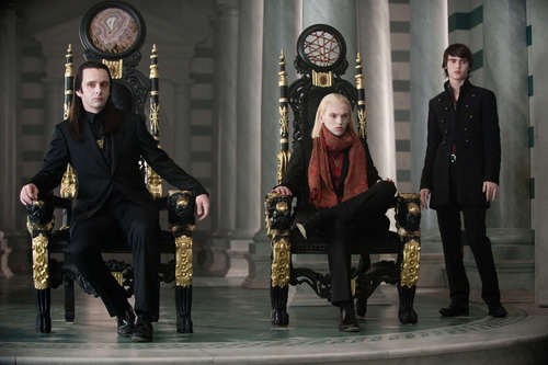 THE VOLTURI. IN HQ. [if 당신 haven't seen them, HERE THEY ARE!]