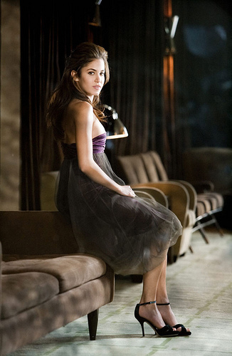 http://images2.fanpop.com/images/photos/7900000/the-best-of-Nikki-photoshoots-twilight-series-7957914-326-500.jpg