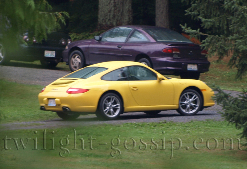 Alice's Porshe uncovered guys!! :)))