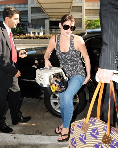 Ashley departing from LAX (sept. 7)