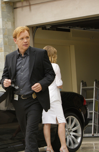 CSI: Miami - Episode 8.03 - Bolt Action - Promotional foto-foto in HQ