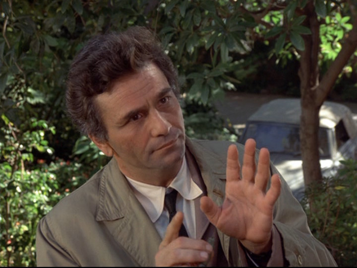 http://images2.fanpop.com/images/photos/8000000/Columbo-columbo-8045168-720-540.jpg