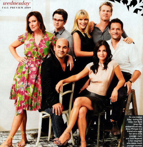 Cougar Town پیپر وال called Cougar Town Cast TV Guide Shoot