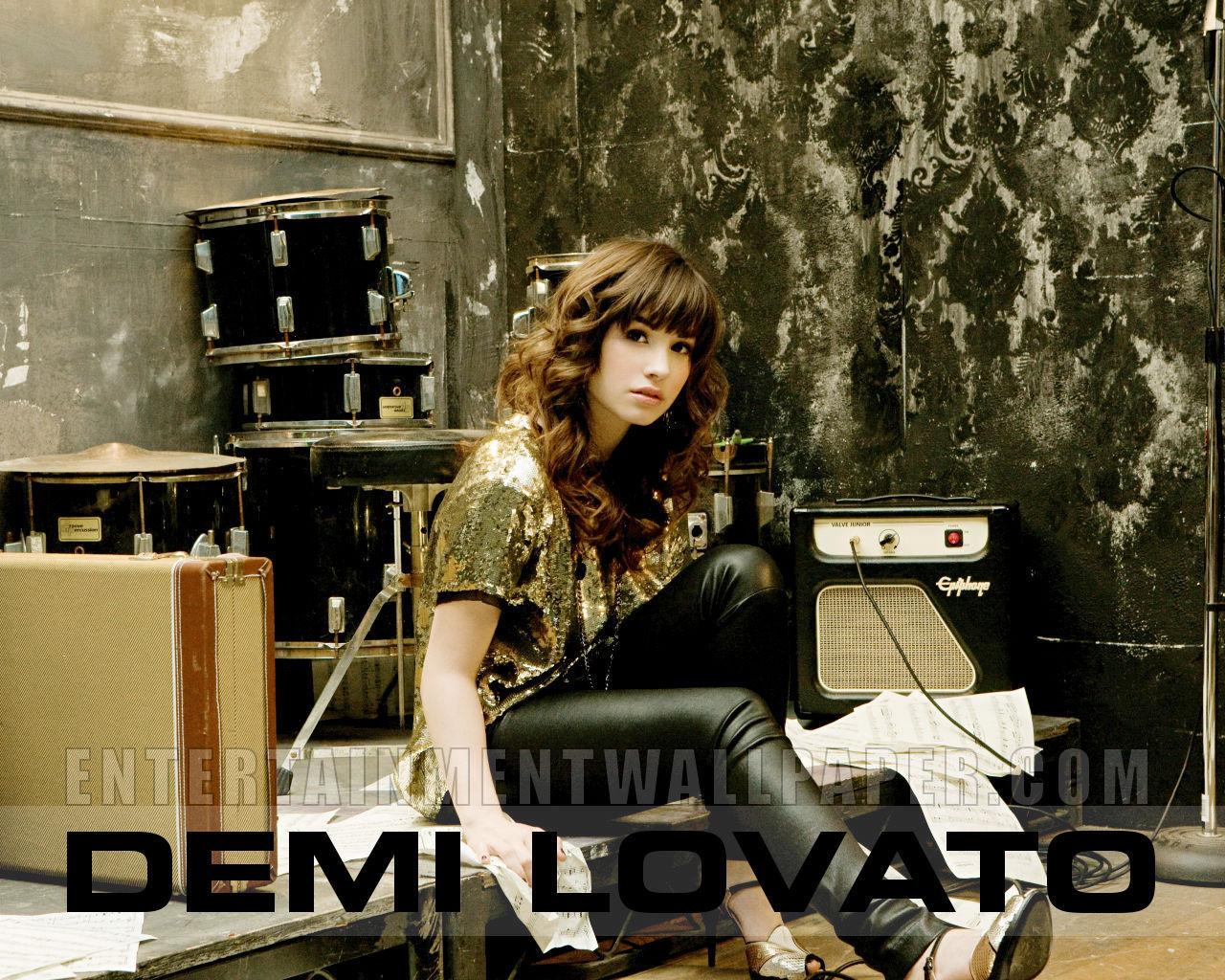 demi lovato rare pictures