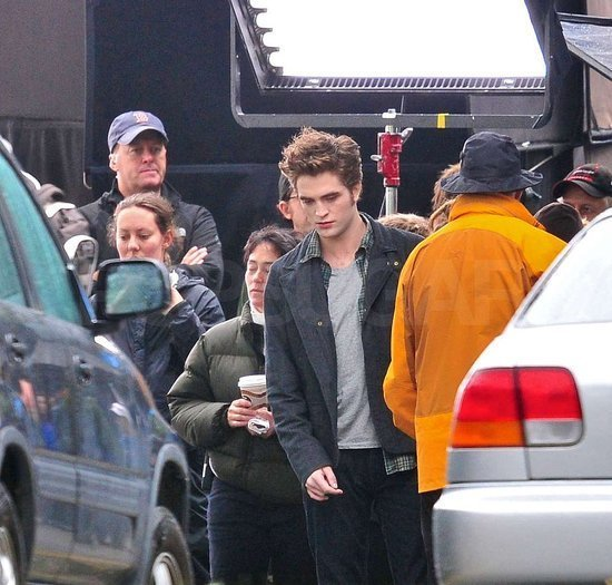 Eclipse stars on set