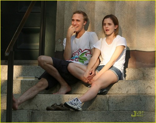 Emma Watson & नीलकंठ, जय, जे Barrymore: Brown Buddies
