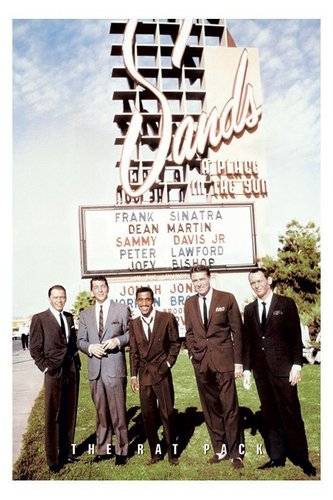 Frank Sinatra, The tikus Pack Outside of the Sands Hotel