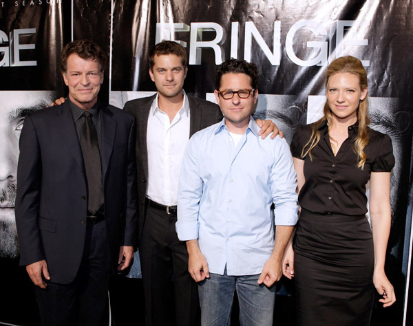 Fringe Cast   Fringe Photo  8061015    Fanpop VEOm7tzV