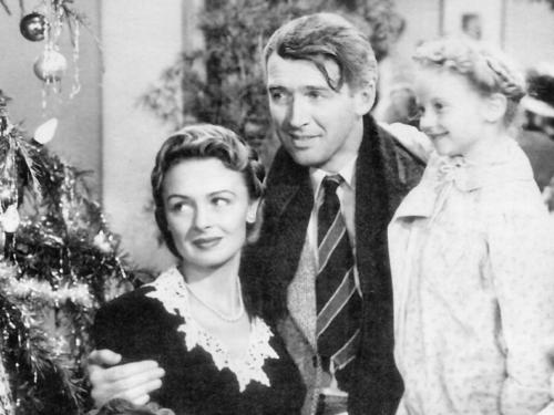natal wallpaper with a bouquet entitled It's A Wonderful Life
