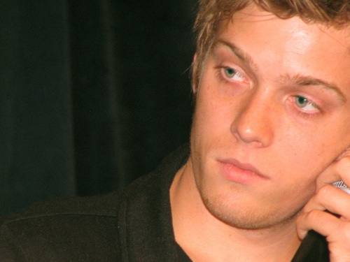Jake Abel fondo de pantalla entitled Jake
