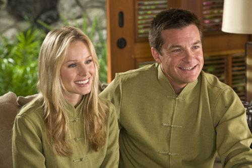 Jason Bateman in Couples Retreat w/ Kristen glocke