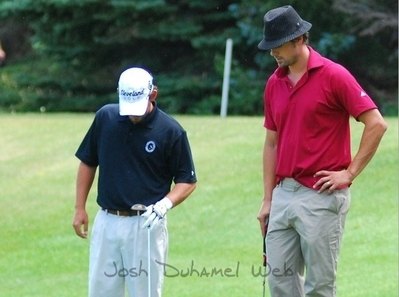 Josh took part in a charity pro-am while he was tahanan in North Dakota