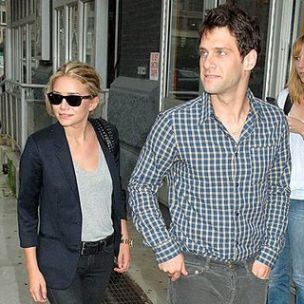 Justin Bartha with Ashley Olsen - justin-bartha Photo