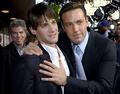 Justin Bartha with Ben Affleck