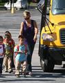 Kate Gosselin Picks Up the Kids from School