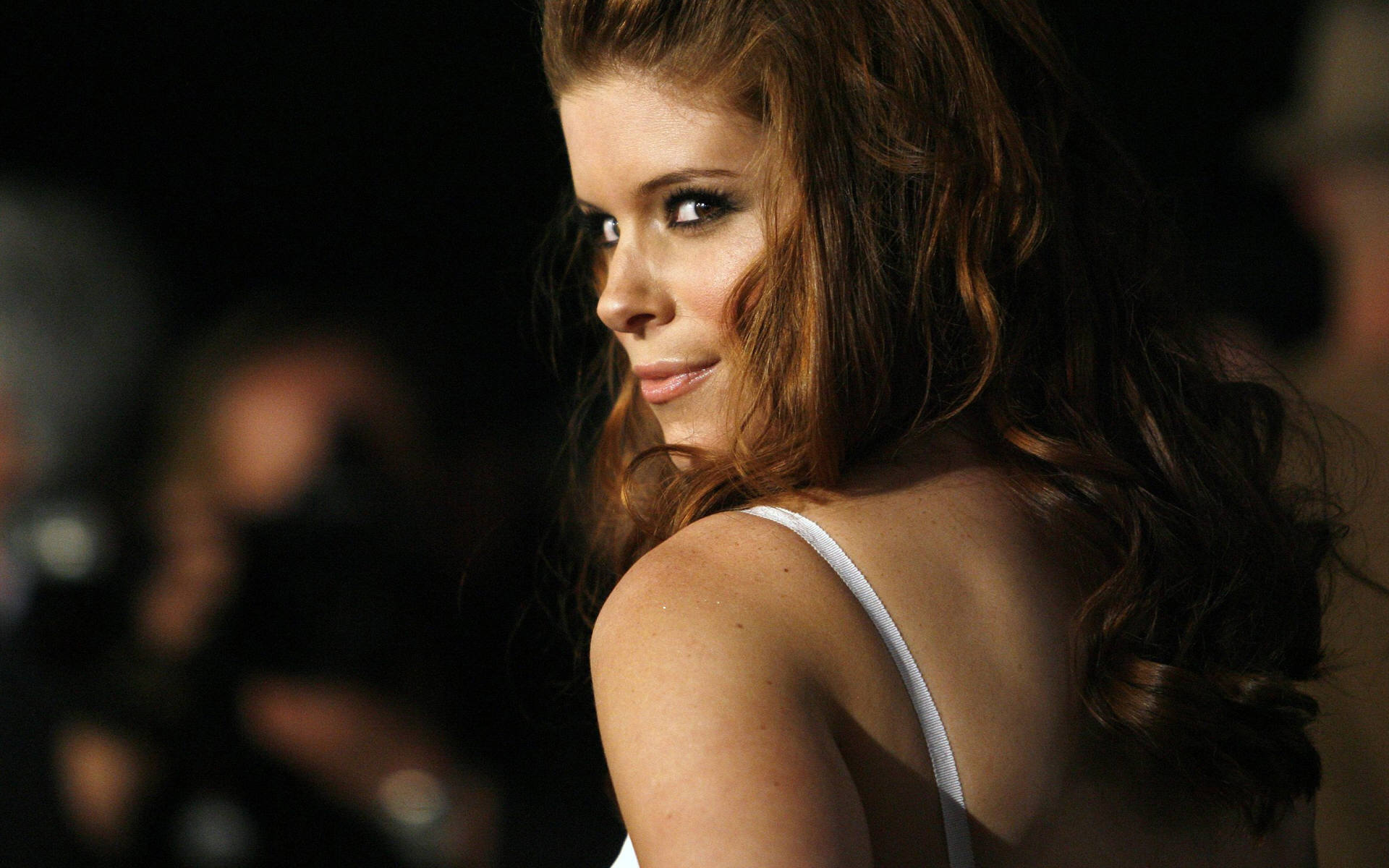 Viel Sperma... Kate Mara playing Sissy