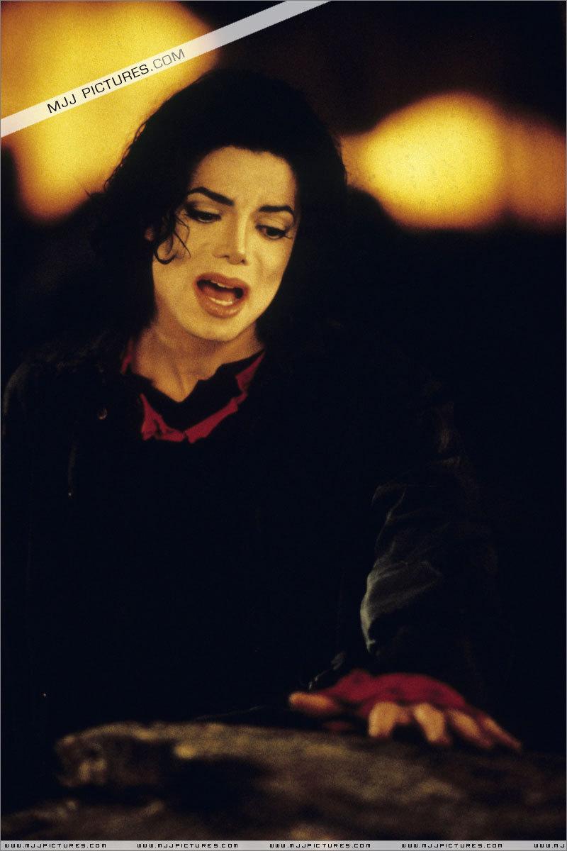 MJ Earth sOng