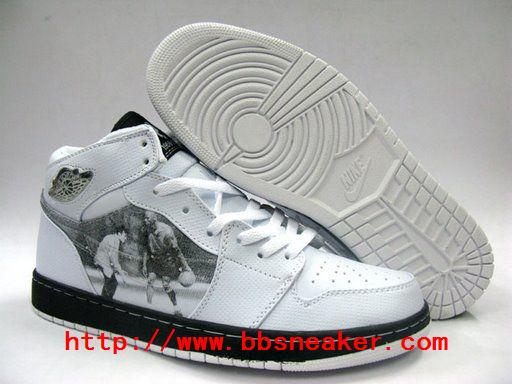 Michael Memorial Jordan Sneakers Michael-Jackson-Memorial-black-and-white-jordan-sneakers-michael-jordan-8019772-512-384