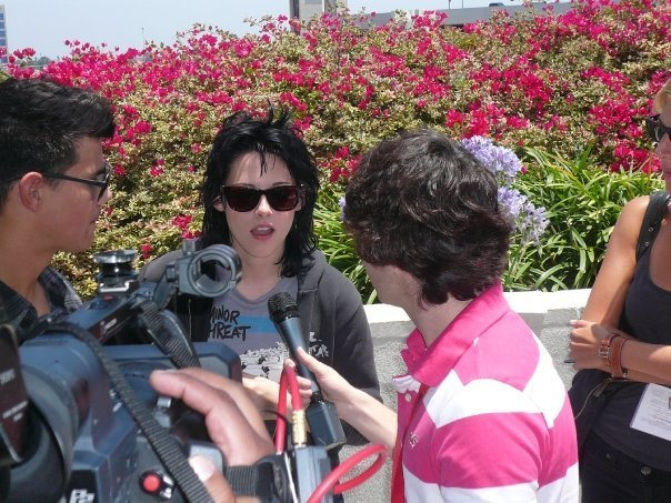 lebih from Comic Con 09 (outdoor interview)