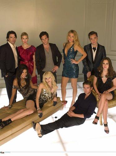 más promotional fotos of S3 (cast)