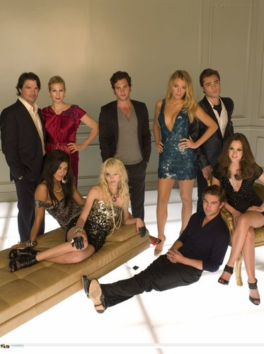 più promotional foto of S3 (cast)