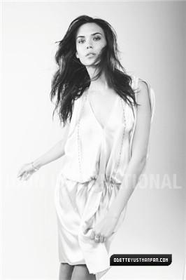 Odette Yustman - Mark Liddell Photoshoot [Vanity Fair Italy]