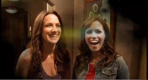 One mti kilima Season 7 Haley and Quinn