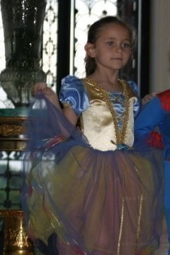 Paris Jackson wallpaper possibly with a polonaise and a kirtle titled Paris