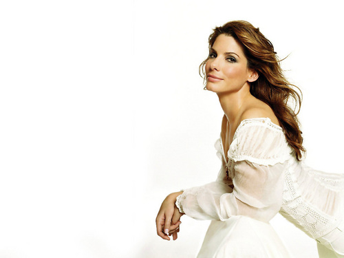 Sandra Bullock wallpaper possibly containing a gown, a cocktail dress, and a dinner dress called Sandra Bullock