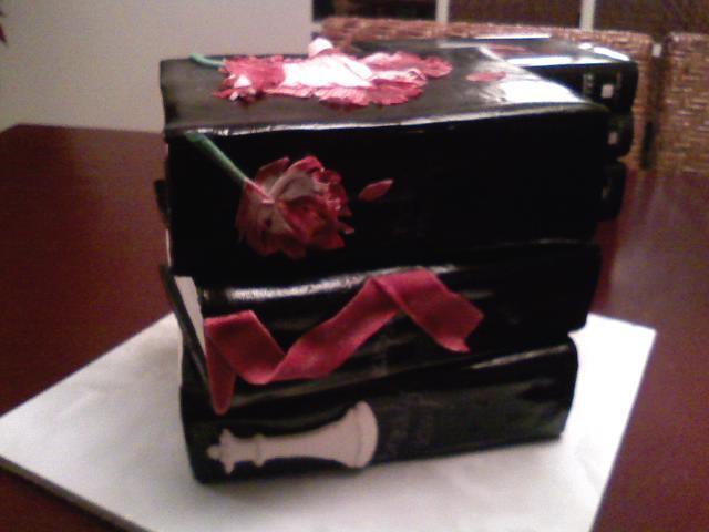 Twilight cake