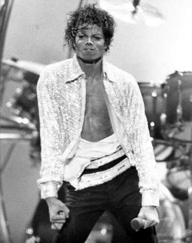 Victory tour On stage