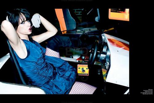 Whip It! Ellen von Unwerth - Vs. Magazine Shooting