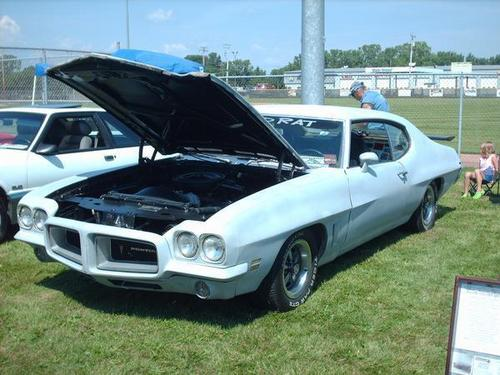 my daddys 72 GTO