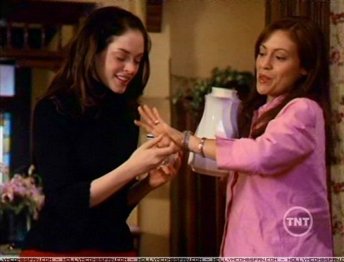 <3paige and Phoebe<3