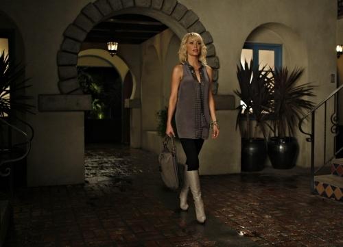 1x04 Vine Episode Stills