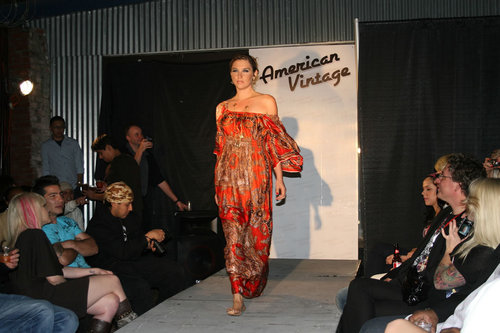 American Vintage Fashion tampil - April 10, 2008