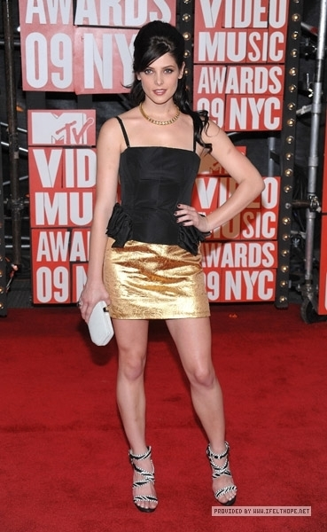 Ashley ar VMAs