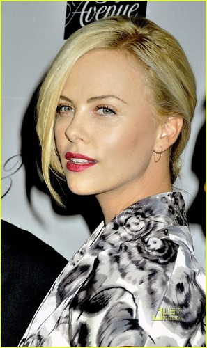 Charlize in NYC
