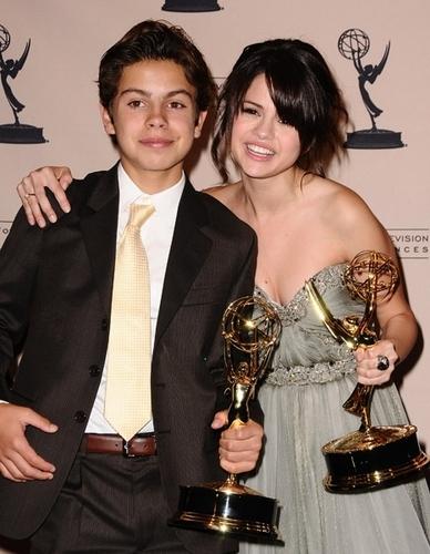 Jake/Selena at the Emmys