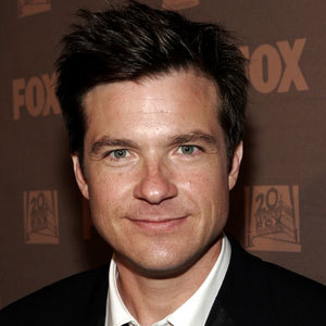 Jason Bateman 壁紙 containing a business suit, a suit, and a two piece called Jason Bateman
