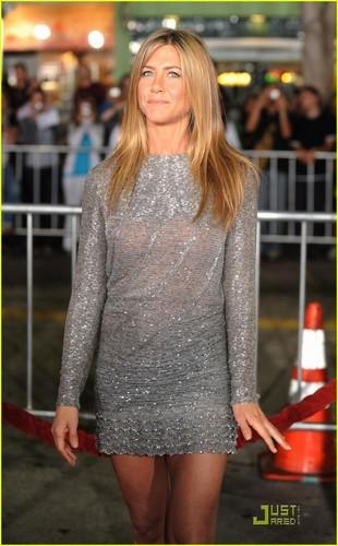 Jennifer @ cinta Happens premire