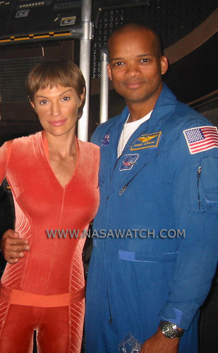 Beamer and Jolene Blalock - T'Pol