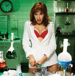 Kari Byron.. - mythbusters Photo